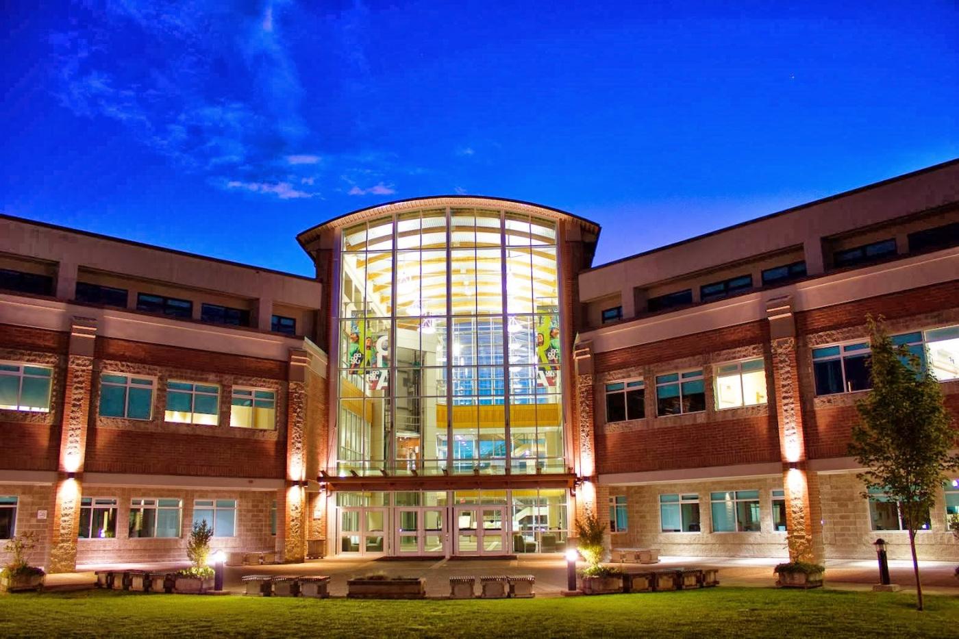【 加拿大 】 最新 Douglas College 道格拉斯學院 課程資訊
