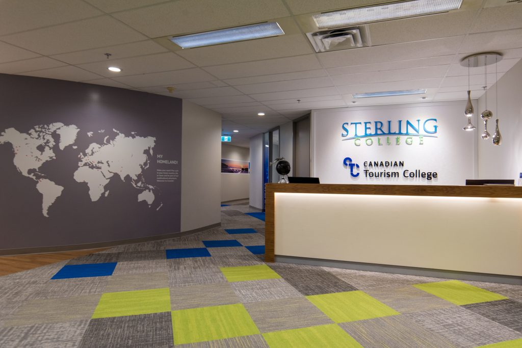 Sterling College 加拿大 救生艇 移民